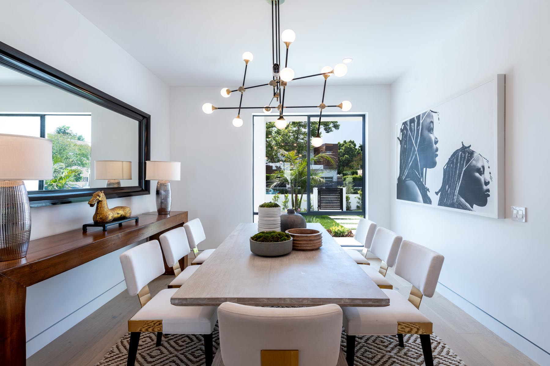 Home design Los Angeles modern contemporary dining area 1