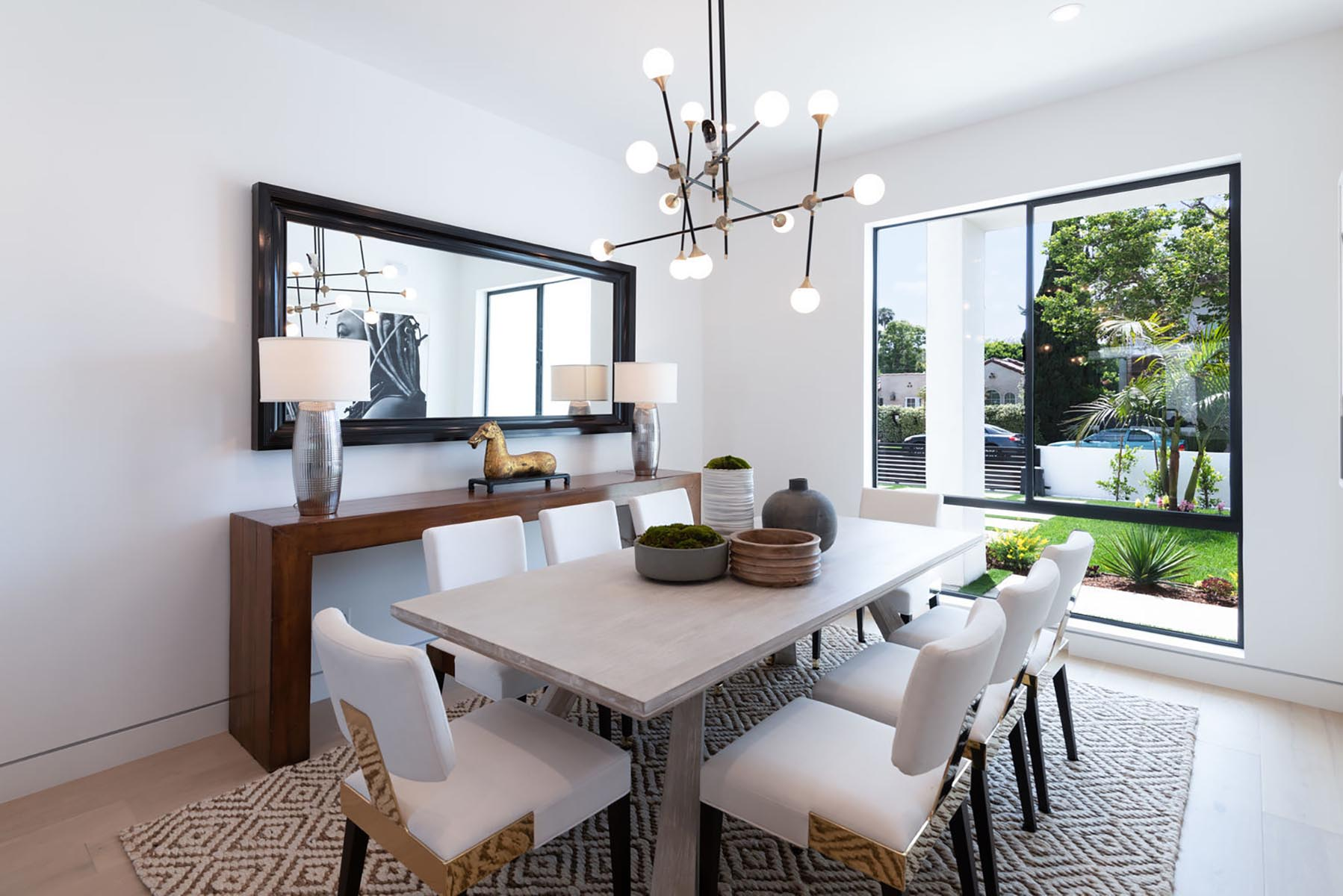 Home design Los Angeles modern contemporary dining area 2