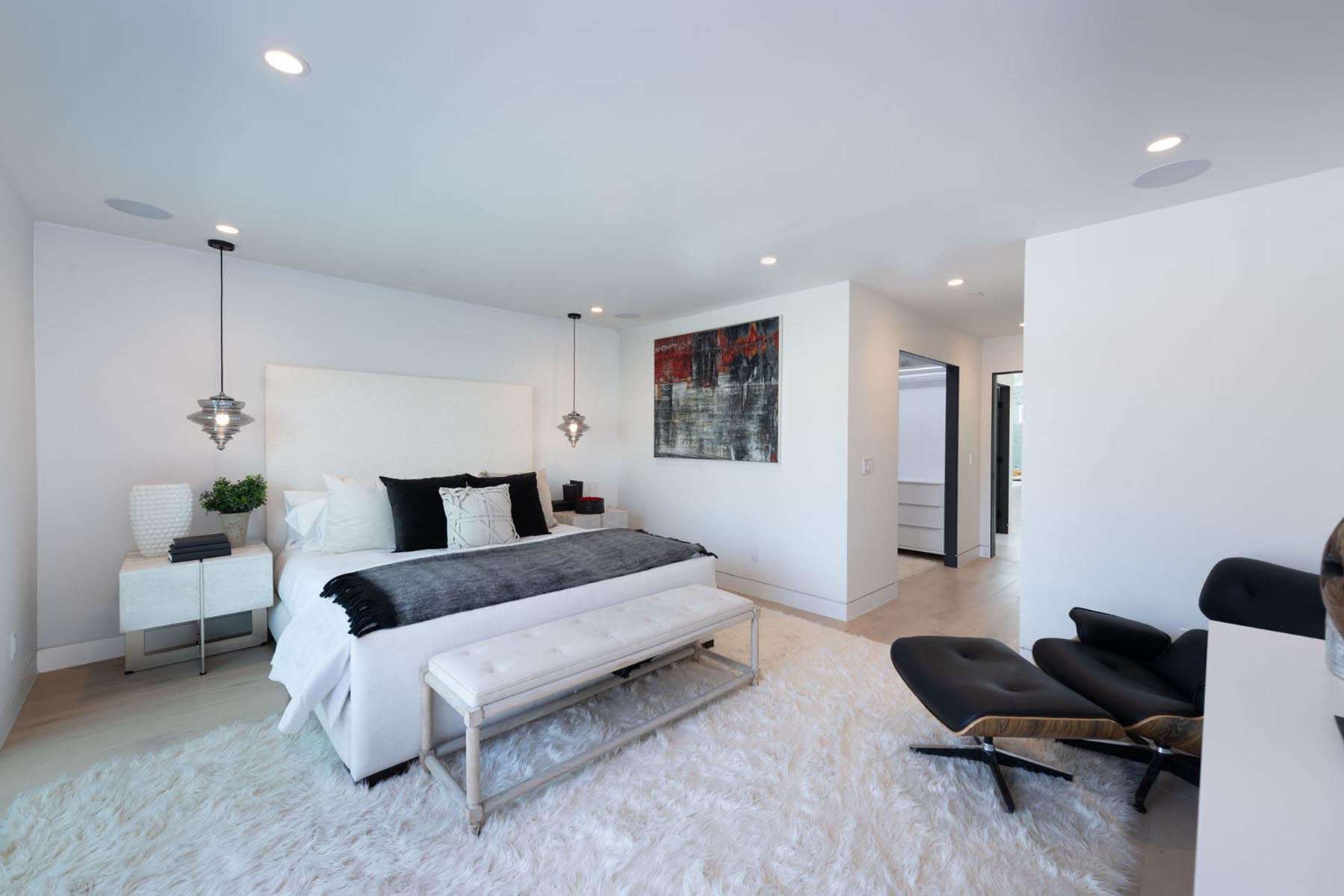 Home design Los Angeles modern contemporary master bedroom